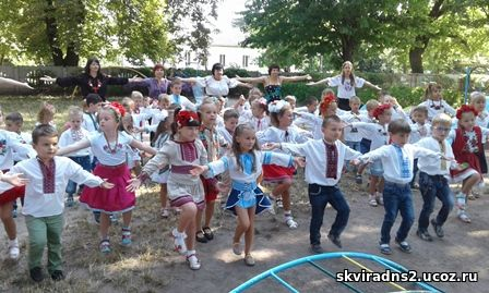 Патріотичний флешмоб до Дня незалежності України в ДНЗ «Малятко»